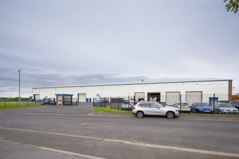 NEWLY REFURBISHED WAREHOUSE/INDUSTRIAL UNIT  LAST REMAINING UNIT  Located within Brunswick Industrial Estate which is half a mile west of Brunswick Village and approximately 5 miles north of Newcastle upon Tyne city centre.  Excellent access to the r...