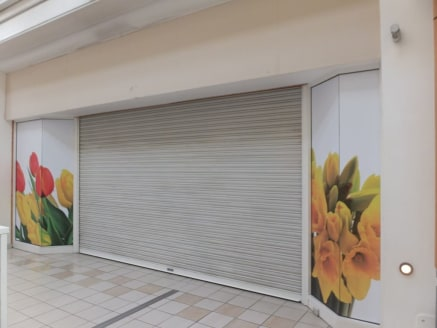 Retail Unit TO LET  Extending to 83.33m² (897ft²)