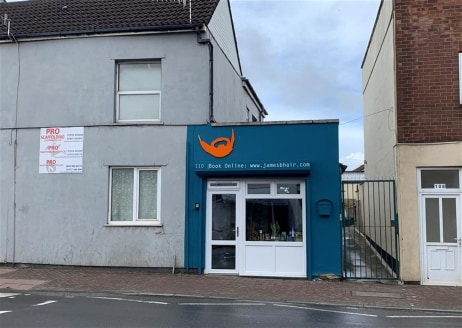 Small retail unit of approximately 240sqft previously used as a hair dressers situated on West Street, Bedminster, within close proximity to The Airpoint Development and Tesco Express. The shop is offered to let on a new Full Repairing and Insuring b...