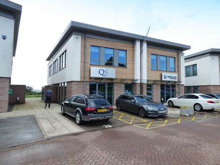 4 Topaz provides offices to let in Bromgsrove located adjacent to Junction 1 of the M42 on the A38 Birmingham Road, which also links into Junction 4 of the M5.<br><br>Topaz Business Park is a striking, contemporary, modern business park in Bromsgrove...