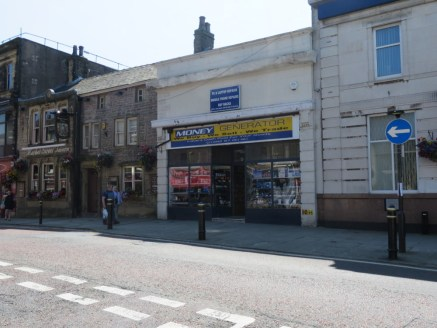 LOCATION\n\nThe property is located on Market Street offering a prime retail location in the centre of Colne.\n\nDESCRIPTION\n\nA two storey stone built property comprising of ground floor retail area with office and first floor open plan accommodati...