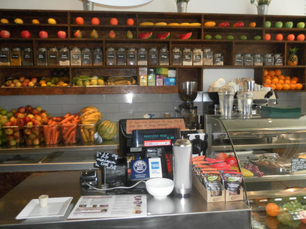 Juice Bar & Health Foods Located In Royal Leamington Spa For Sale\n\nRapidly Expanding Market Sector\n\nLifestyle & Health Conscious Business\n\nRef 2310\n\nLocation\n\nThis outstanding health food concern is located on a main High Street in the hear...