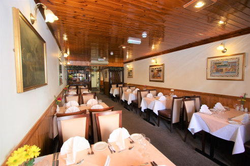 Fully Fitted Restaurant   Total Size 130.94 sq m (1,409 sq ft)