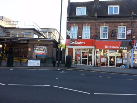 Commercial property for sale\n\nalexandra park is pleased to offer this investment FREEHOLD TITLE FOR SALE next to South Harrow Piccadilly Line Underground Station with a Blue Chip Company & a three bed two baths split level flat above. Ladbrokes ren...