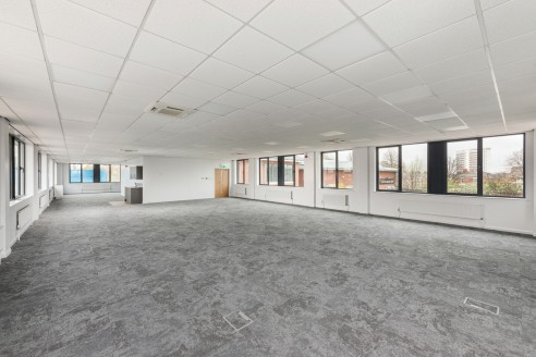 NEWLY REFURBISHED MODERN OFFICE ACCOMMODATION   Suites available from 1,770 sq ft  Dedicated on-site car parking  Good access to City Centre and transport links  Refurbished to a high standard  Modern open plan floor plates  LOCATION  Holland Park is...