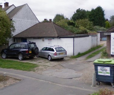 The property comprises a single storey detached brick built B1 storage/office premises with a floor area of approximately 55.74 sqm / 600 sqft plus rear yard. The property is suitable for a variety of users and is offered For Sale Freehold either unc...