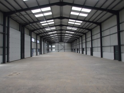 Newly constructed Industrial / warehouse units within Newhaven Enterprise Zone TO LET  Units available together or separately (1,722 - 60,539 sq ft)