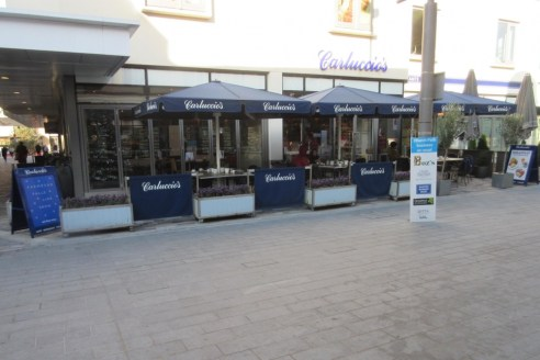 Prominently positioned town centre restaurant unit