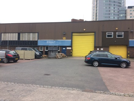 Trade Counter / Industrial unit located on King Edward Rise very close to Liverpool City Centre.  6,768 sq ft  Rental - £6 p.s.f