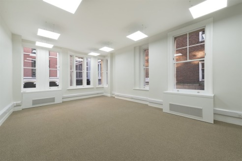 Attractive 4-5 person office on 4th floor   Rent Reduction - £49,500 per annum fully inclusive