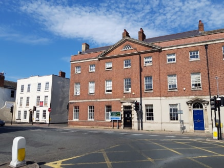 855 sq first floor office space prominently located on Foregate Street with a fully inclusive rent and benefiting from having two car parking spaces.