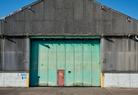 TO LET: Industrial / Warehouse Unit 25,252 Sq.ft - 88,382...