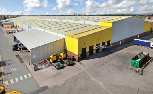 Established distribution location. Excellent transport links to M62, M6 and M56. Main warehouse and additional warehouse unit with extensive external loading areas. Heating, sprinklers and lighting. Fully secure site with a purpose built gatehouse an...
