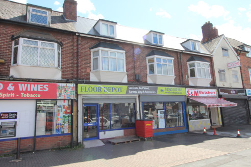 Under Offer]\n\nA PROMINENT DOUBLE RETAIL UNIT fronting TYBURN ROAD in Erdington - Total (NIA) - 987 ft2 (91.69 m2)...