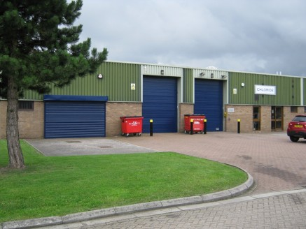 Kingfisher Court is a modern development comprising 17 industrial / warehouse units arranged in 3 terraces situated within the South Lancashire Industrial Estate.   The estate is fully fenced with security gates. There is communal loading and parking...