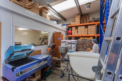 With 3 workshop spaces available on short, medium and longer term let. All of which can be laid out and fitted to your exact requirements. We offer flexibility and affordability for small businesses in and near Ludlow....