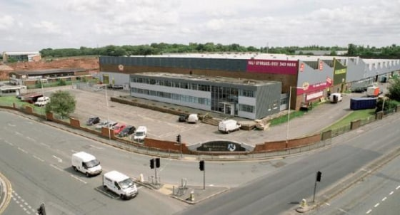 An leisure/ trade counter unit situated at the entrance of Wirral International Business Park with frontage to the A41.  Undergoing extensive refurbishment  Adjacent to new Trampoline Park*  5-30,000 sq ft