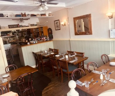 Leasehold Cafe & Bistro Located In Nuneaton Town Centre\nLicensed (A3) Consent\n5* Food Hygiene 5* Google & Facebook Rating\nRef 2402\n\nLocation\nThis outstanding Bistro is located within a prominent and highly visible trading position on Queens Roa...