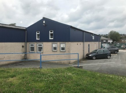 The property comprises a modern detached industrial/workshop/warehouse unit with offices extending to 6,572 sq.ft....