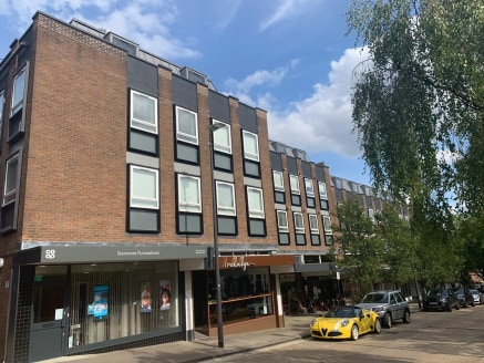 Ground floor lock up shop premises of approximately 861 Sq Ft benefiting from A1 Retail Use and located within the popular shopping location of Stanmore Broadway.