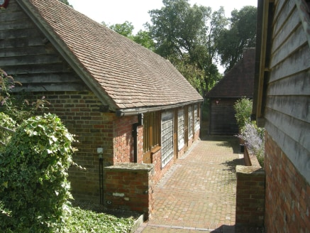 The offices form part of a stable yard complex set in an attractive rural setting. The offices have the following amenities/features:\n\n* Under floor heating\n* Low energy Category II lighting\n* Open plan office and separate meeting room....