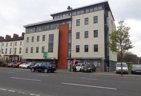 Prominent Third Floor Office Suite extending to c. 188 sq m (2,022 sq ft)\n\nModern office suite located on the Ormeau Road, one of Belfast's primary south eastern arterial routes and only 15 minutes walk from the city centre and 5 minutes from Botan...