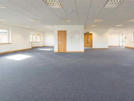 6170 Knights Court provides high quality offices in Solihull, located on Birmingham Business Park, within 148 acres of mature parkland. Birmingham Business Park is adjacent to Junction 6 of the M42 and is just a few minutes' drive from the NEC, Birmi...
