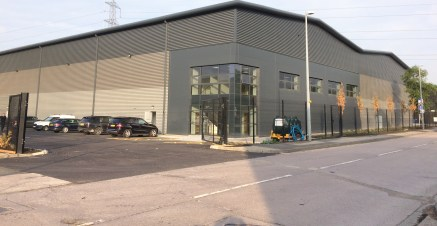 New Build Industrial / Warehouse Unit  Available Now  52,500 sq ft  LH: £6.75 psf  FH: £110 psf