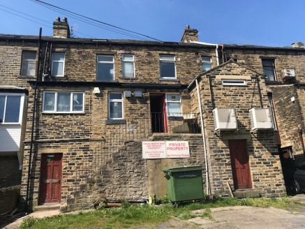 The property comprises a two-storey semi-detached stone constructed building set under a pitched slate roof. The ground floor is vacant and comprises a former bar/restaurant. Customer parking is available to the front of the property and staff parkin...