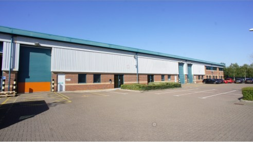 Rushy Platt Industrial Estate is an established and successful employment area well located within the town. Junction 16 of the M4 motorway is approximately 2 miles to the west and the Estate benefits from a dual carriageway access via Great Western...