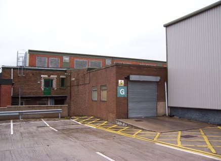 Ground floor workshop/warehouse. Mono-pitched roof. Eaves from 2.5m to 4.3m Electrically operated roller shutter door. Small office and WC. New lease on terms to be agreed. Terms: Rent: £16,600 p.a. (£5 psf) Size: 308....