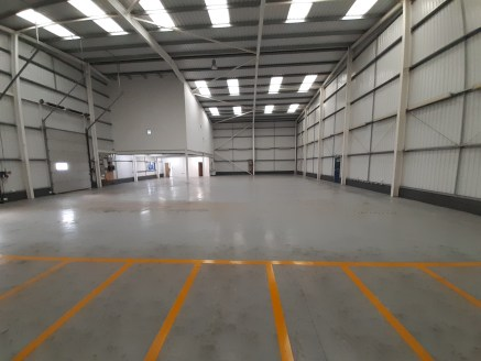 OYO Business Units, Littlehampton, is a high quality scheme of 18 Industrial/Warehouse units, on a self-contained site that is fully secured with security fencing and gates.