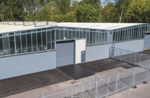 Halesfield 5 comprises a range of terraced/industrial warehouse units incorporating offices and service yards. The units are of steel portal frame construction with brick and blockwork elevations and electric roller shutter entrance doors....