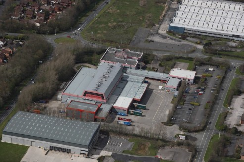 The property was constructed in the late 1980's and comprises a steel portal frame manufacturing facility. It was previously occupied by the Lancashire Evening Post and offers units from 4,705 sq ft to 82,891 sq ft.   The eaves height of the premises...