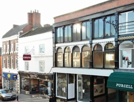 Prime retail property comprising 3,016 sq ft to let with A4 permission at High Street, Whitchurch.  The property is available by way of a new Full Repairing & Insuring lease at a rent of £30,000 per annum exclusive (3,016 sq ft) or £20,000 per annum...