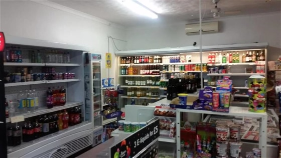 Warren Anthony Commercial are delighted to bring to the market this Off License/Convenience Store located on a parade of shops in Eckington, Sheffield an urban area and within walking distance to Eckington School and within a delightful residential a...