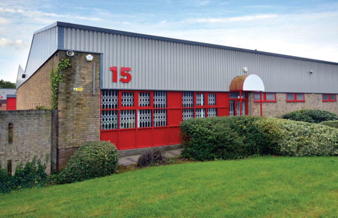 The industrial workshop extends to approximately 3,443 sq ft with the following specification:
