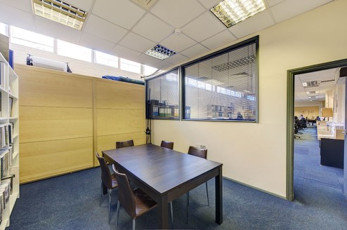 This ground floor accommodation extends to a Gross Internal Area of approximately 5,206 sq.ft. and is currently occupied by a printing company. The property has a very good frontage to Brixton Hill of approximately 36.9m, with the benefit of forecour...
