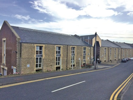 Shipley Wharf is a refurbished wharf building which has been refurbished to provide a variety of office suites overlooking the Leeds/Liverpool Canal.  The available accommodation comprises a first floor suite accessed by way of a shared glazed entran...