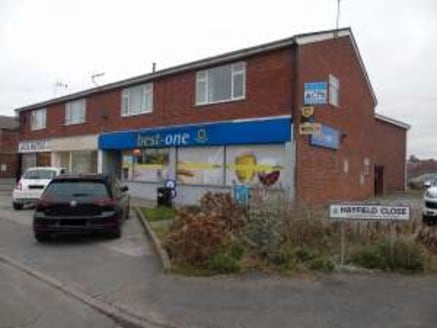 Total Net Internal Area: (97.6 sq.m. / 1,050 sq.ft.) Allocated Parking. Suitable for A1 (Retail) use....
