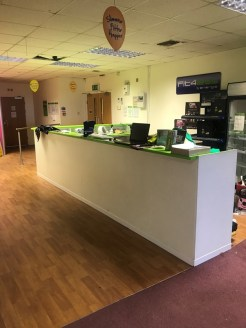 The space comprises an open plan floor formerly occupied as a gym. The premises benefit from a kitchen and manager's office plus separate male and female W/C accommodation.    The unit is served by a shared customer entrance and stairwell There is a...