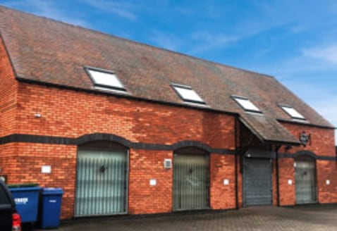 FOR SALE: Self-Contained Courtyard Style Office Premises 2,043.76 SQ FT (189....