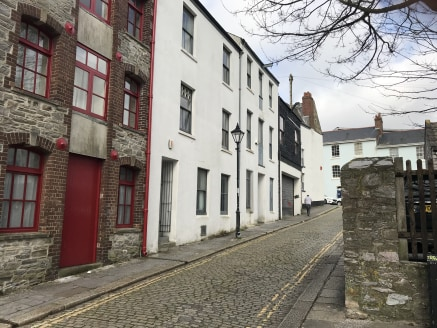 The property is on historic Looe Street, close to retail, leisure and academic facilities and within the Barbican area, located between the city centre and Sutton Harbour.  32 Batter Street comprises a three-storey mid-terrace unit. The unit is of br...