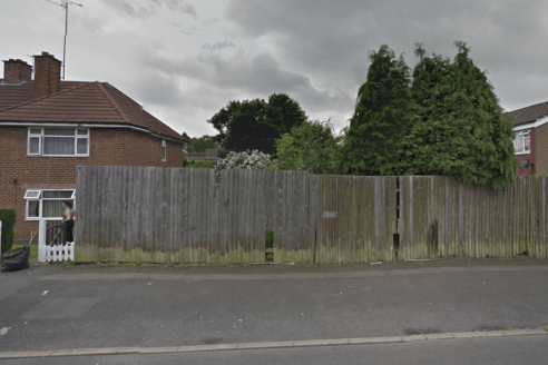 <p>A rare opportunity to buy a small plot of land in a residential estate in Kings Heath. Boundary i