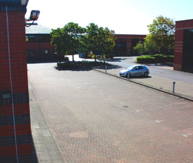 Cordwallis Business Park is well situated within the town centre of Maidenhead which offers excellent railway services to Reading and London Paddington. Junction 8/9 of the M4 motorway is a few minutes away giving access to Heathrow Airport and the M...