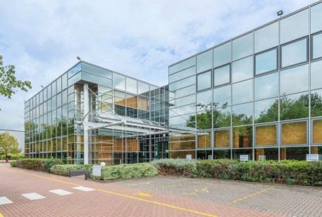 Building 1500 is prominently located in one of Bristol's most established business parks and comprises 16,875ft² (1,841m²) net approx. Accessed via an impressive reception area the accommodation benefits from ceiling mounted comfort cooling, raised f...