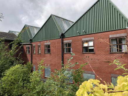 Caledonia Court is a former student accommodation block comprising 84 single-bedrooms with communal shower-rooms and kitchens, a warden's flat, courtyard garden and parking for approximately 20 cars. Having stood empty for a number of years the prope...