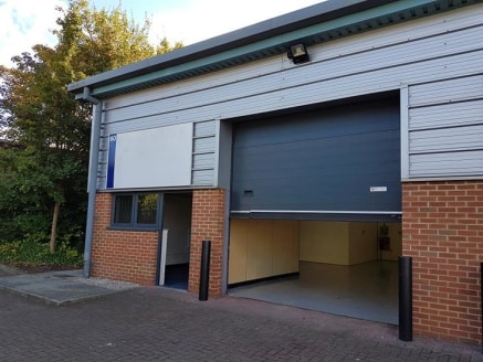 UNIT 60. We are pleased to offer this WORKSHOP for let. Situated in the Pinnacles Business park in the heart of Harlow. Five minutes drive from junction 7 on the M11 and Harlow town centre being a short drive away. BENEFITING FROM ROLLER SHUTTER and....