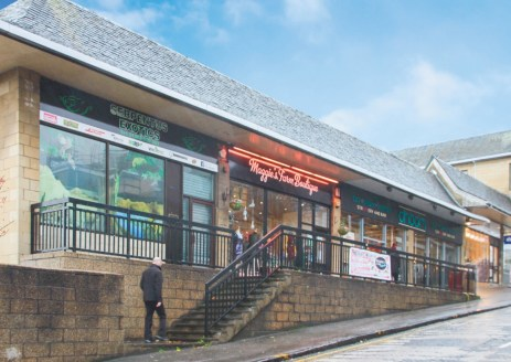 <p>The property comprises five prime retail units fronting High Street and multi-let parade of seven retail units along New Row.&nbsp; Some accommodation has office space above.&nbsp; The properties benefit from a 46 space surface car park to the rea...