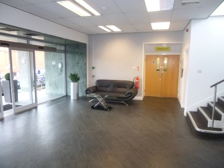 Discovery House, built in the 1930's comprises a 3 storey office building with an impressive foyer/entrance area. There is a recently fitted 8 person passenger lift, providing access to all floors of the premises. The accommodation benefits from the...